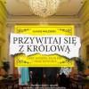 """""""Przywitaj się z królową. Gafy, wpadki, faux pas i inne historie"""" – Ł. Walewski – recenzja"""