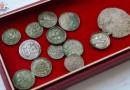 Denary z XI w. znalezione w mieszkaniu w Puławach