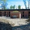 Trwa długa rewitalizacja krakowskiego Fortu Borek 52. W tym roku powstaną nowe posadzki i park wokół zabytku
