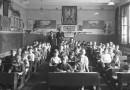 Ile nauczyciele zarabiali przed wojną? Płace, obowiązki i przywileje w oświacie okresu II RP