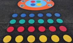 Postaw na rozwój dziecka przez zabawę – gry podwórkowe i korytarzowe