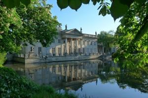 Pałac w Łazienkach Królewskich w Warszawie / fot. Mariokol, CC-BY-SA-3.0