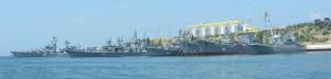 Rosyjskie okręty wojenne w Sewastopolu / fot. Cmapm, CC-BY-SA-3.0