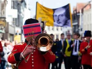 Zdjęcie w obchodów z 2013 roku, http://www.shakespearesbirthday.org.uk