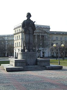 Pomnik żołnierza 1 Armii Wojska Polskiego w Warszawie
