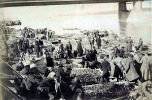 Targ wokół Mostu Aleksandryjskiego