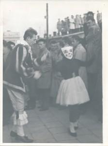 Kolorowy korowód studencki w Lublinie (1959 r.)/ fot. Muzeum UMCS