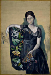 Pablo Picasso, Olga w fotelu, obraz znajdujący się już w zbiorach Muzeum Picasso CC BY-SA 3.0