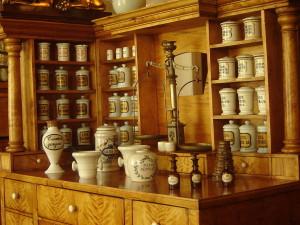 zbiory muzeum farmacji w Krakowie