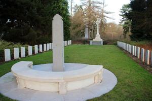 Brytyjsko-niemiecki cmentarz w Saint-Symphorien, fot.  Jean-Pol GRANDMONT CC BY-SA 3.0