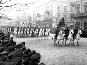 Lviv_1939_Sov_Cavalry