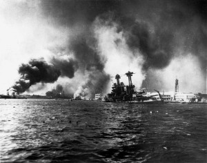 800px-USS_California_sinking-Pearl_Harbor