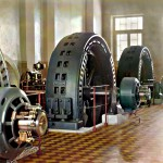 Alternatory w sali elektrowni wodnej w Iolotan (Ýolöten) na rzece Murgab w Turkmenistanie; alternatory zostaly wykonane na Węgrzech i sprowadzone do budowanej hydroelektrowni w ramach industrializacji kraju, 1910