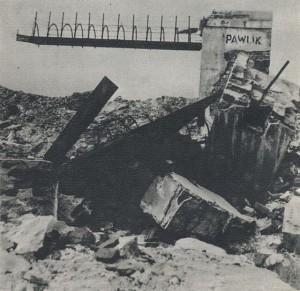 Ruins_of_Pawiak_in_1945_(gateway)