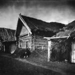 Dom chłopa zmarłego z głodu, fot. Maksim Dimitriew, ok. 1891-92