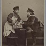 Młodzi uliczni handlarze, fot. William Carrick, ok. 1860-1870 r.