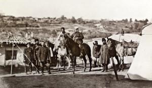 Rosyjski oficer Sztabu Generalnego z żołnierzami, Górna Studena, 1877 r