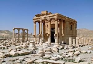 Świątynia Baal-Shamin - fotografia przed zniszczeniem, Bernard Gagnon, CC BY-SA 3.0