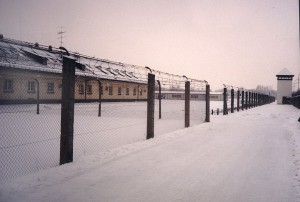 1024px-KL_Dachau_Blocks,_Fence_&_Sentinel_Post