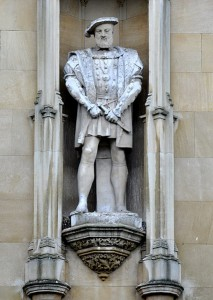 Pomnik Henryka VIII w King's College (Cambridge)/ fot. Andreas Praefcke, CC BY 3.0