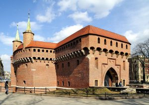 Barbakan w Krakowie / fot. Taxiarchos228, CC-BY-SA 3.0