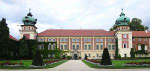Pałac w Łańcucie, źródło: By Mach240390 - Praca własna, CC BY 4.0, http://commons.wikimedia.org/w/index.php?curid=50805136