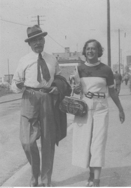 Wojciech Kossak z córką Magdaleną Samozwaniec, 1926 r.